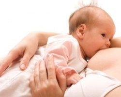 Что делать, если ребёнок отказывается от груди?